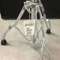 Neuf/new straight-cymbal stand, a vendre.