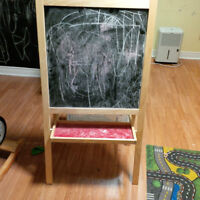 Children's art easel for quick sale