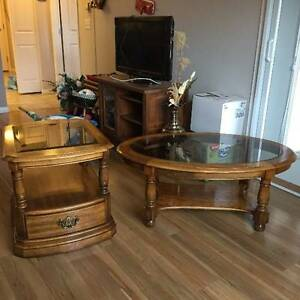 Solid wood coffee table w/matching 2 end tables