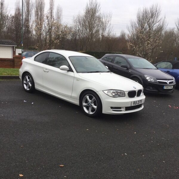 BMW 120D SE 2008 08 PLATE 2 DOOR COUPE WHITE 2 previous owners moted full service history