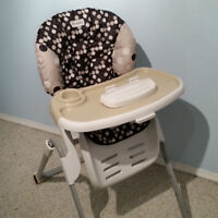 Adjustable High-Chair with Removable Tray