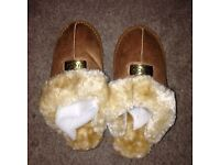 Ugg slippers size 3 new