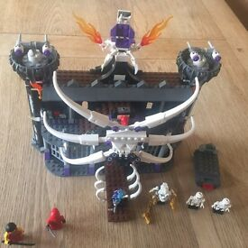 Lego set 2605 lord gormadons dark fortress.100% complete with figures no box
