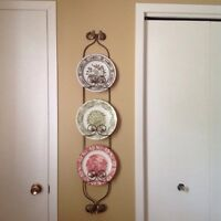 Plate display holder