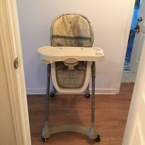 Baby High chair and graco playpen. AVAILABLE