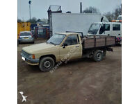 Left hand drive Toyota Hilux 2.4 diesel pick up truck. Low miles. 2L engine.