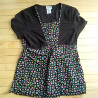 Scrubs Tops - Size Small (Absolutely Near Mint!)