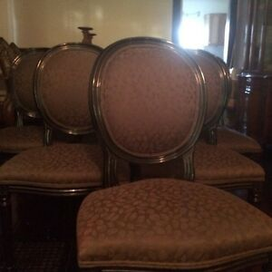 Rare set of 8 French style oval back chairs Cambridge Kitchener Area image 3