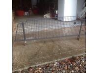 Dog guard for Subaru Impreza