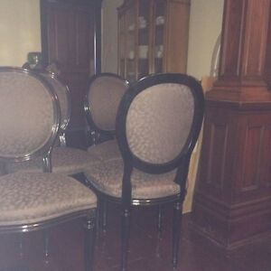Rare set of 8 French style oval back chairs Cambridge Kitchener Area image 6