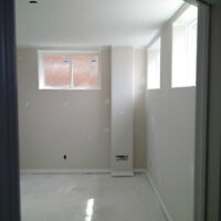 Rooms BRAND NEW HOME! (directly across from Fleming College)