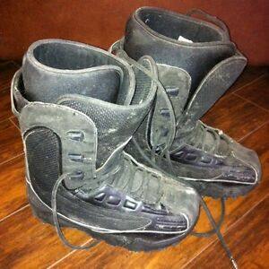 Size 7 Sims Snowboard Boots