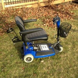 (New never used) Sonic Pride scooter and power hitch lift $1000 Kingston Kingston Area image 3