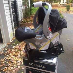 Baby Trend car seat brand new