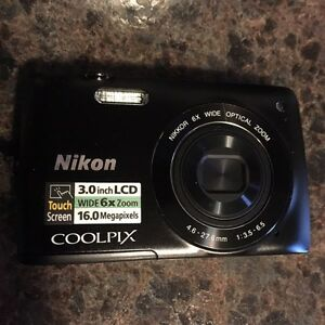 Like New Nikon Coolpix S4200 in Box