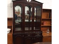 MAHOGANY DISPLAY CABINET - IDEAL FOR PAINTING