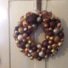 Xmas or occasion bauble wreath