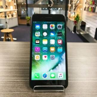 Mint condition iPhone 7 Plus black 32G UNLOCK WARRANTY INVOICE