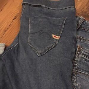 Lot jeans 26 de marque  Saguenay Saguenay-Lac-Saint-Jean image 7