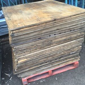 "Lot de Demi feuille de Plywood 3/4"" 12$/1 .Presswood 3/4"" 8$/1"