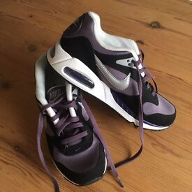 Nike Air size 5 UK - price reduction!!! worn twice!
