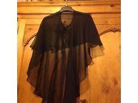 Ladies cape black top xl/xxxl