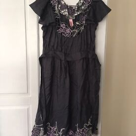 christmas party Size 8 /10 silk lipsy dress