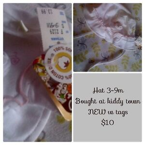 Baby girl hat new w tags 3-9months