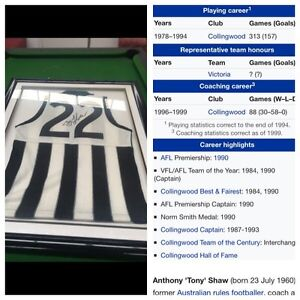 Signed Collingwood football jersey Traralgon Latrobe Valley Preview