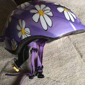 Specialised bike scooter helmet. Purple with daisies. VGC