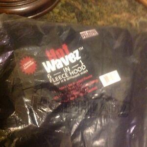 2 HOT WAVEZ EXTREME REVERSIBLE 6 IN 1 FLEECE HOOD  BLACK