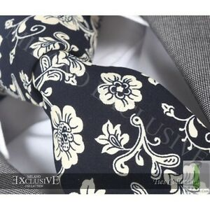 NEW-ITALIAN-DESIGNER-BLACK-CREAM-FLORAL-SILK-TIE