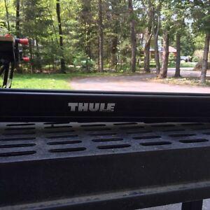 Thule universal upright bike rack  West Island Greater Montréal image 2