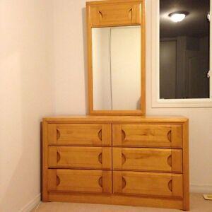 Maple dresser / meuble en erable