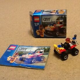 Lego City no 4427 buggy with figure