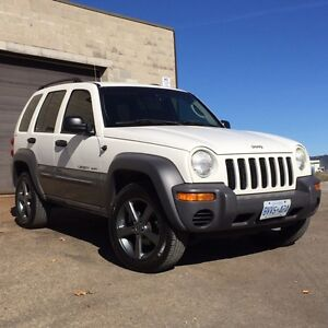 2002 jeep liberty sport 4x4  for parts