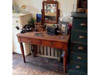 Antique vintage dressing table