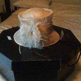 Ladies hat - cream