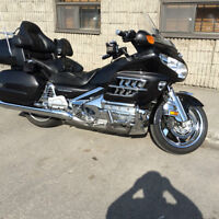GOLD WING & TRAILER
