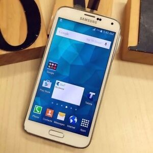 Pre owned Samsung Galaxy S5 white 16G au model with all accessory Calamvale Brisbane South West Preview