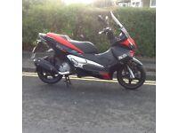 Aprilia Sr max 125cc scooter, 12 reg poss delivery