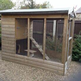 Large Pet Kennel / Run - Chicken/ Duck House