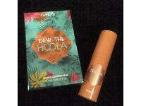 Benefit Dew The Hoola bronzer