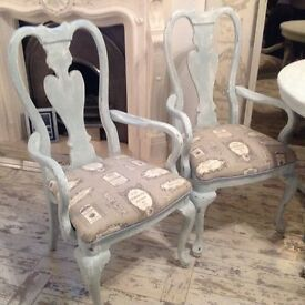 Shabbychic dinning table and 6 chairs