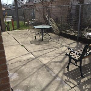 Awesome location , renovated units immediate possession