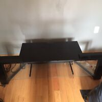 Modern Glossy Black TV stand in Good Condition