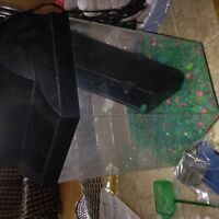 REDUCED Fish tank and accessories 13 x11 12 hight [sackville nb]