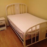 3/4 bed with frame
