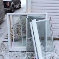 Fenêtre coulissante Thermos en PVC 47 x 47 usage