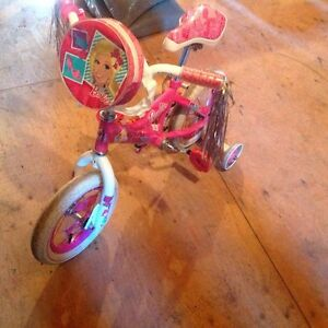 Velo  fille Barbie roues 12""